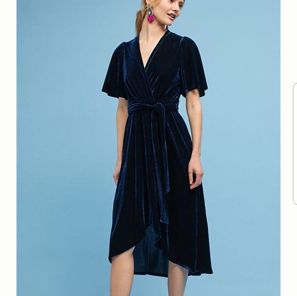 5e1f7fc7362 NWT Donna Morgan Velvet Faux Wrap Dress